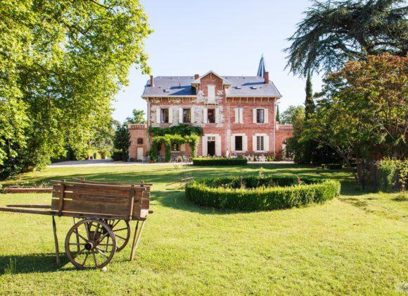 Domaine Du Buc, family Manor