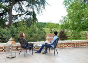 Domaine du Buc , terrasse