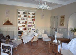 Salon en maison d'hôtes de charme à Ronel Tarn