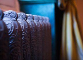 Château Touny les Roses détail du salon