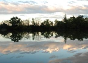 La rivière Tarn au château Touny les Roses