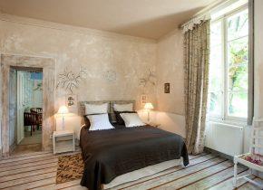 suite-charme-2-4-personnes-Domaine Le Castelet