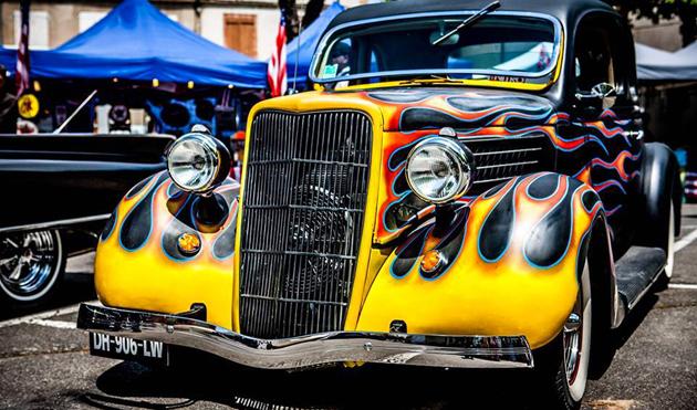 L'esprit Rock and Roll jusque dans la peinture des voitures - © Photolautrec